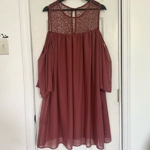 Off The Shoulder Dress With Lace Like Neck Line